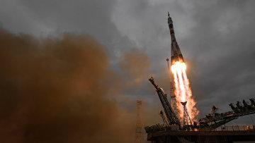 Пуск ракеты-носителя «Союз-ФГ» с транспортным пилотируемым кораблем «Союз МС-02» с космодрома «Байконур»