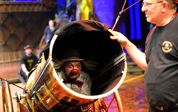 Репетиция шоу Zarkana Cirque du Soleil в Кремле