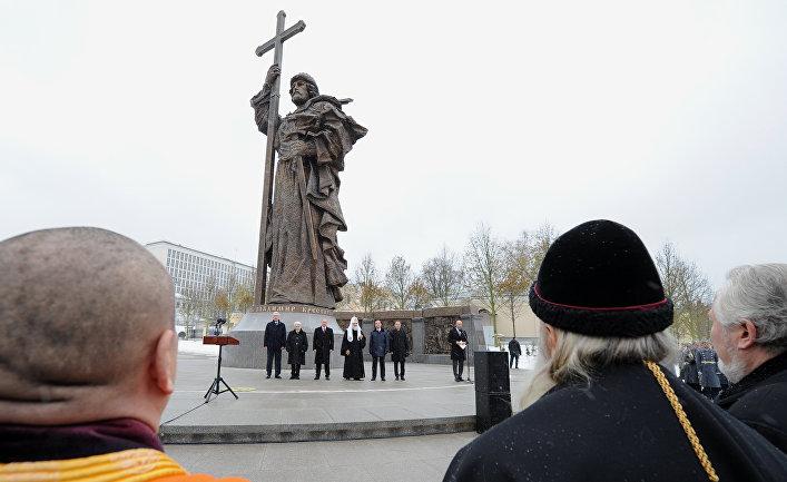 Церемония открытия памятника святому равноапостольному князю Владимиру
