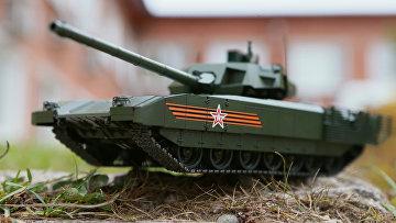 Сборная масштабная модель танка Т-14 «Армата»