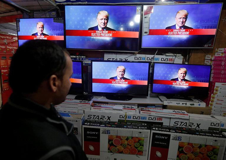 Bloomberg: Внешняя политика Трампа, России и выборы в Европе - главные риски 2017 года