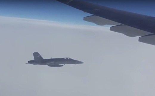 Швейцарские истребители эскортировали борт из России