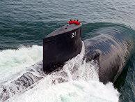 Атомная подводная лодка военно-морских сил США Seawolf во время ходовых испытаний