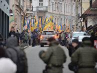 Участники акции в Киеве, посвященной годовщине начала событий на Майдане