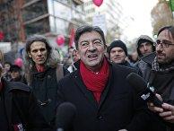 Жан-Люк Меланшон во время демонстрации в Париже