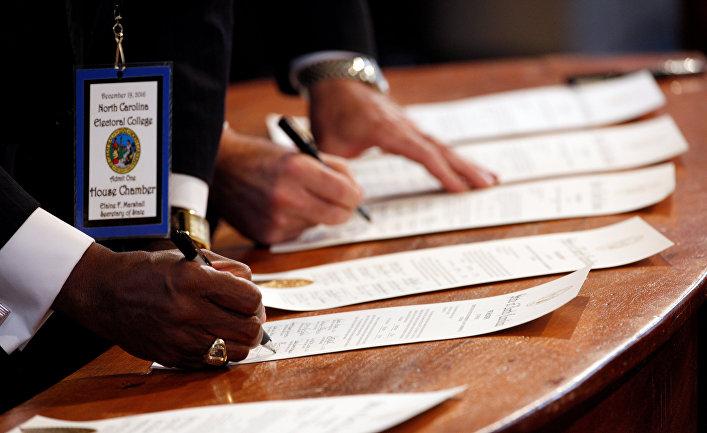 Подсчет голосов коллегии выборщиков в Северной Каролине