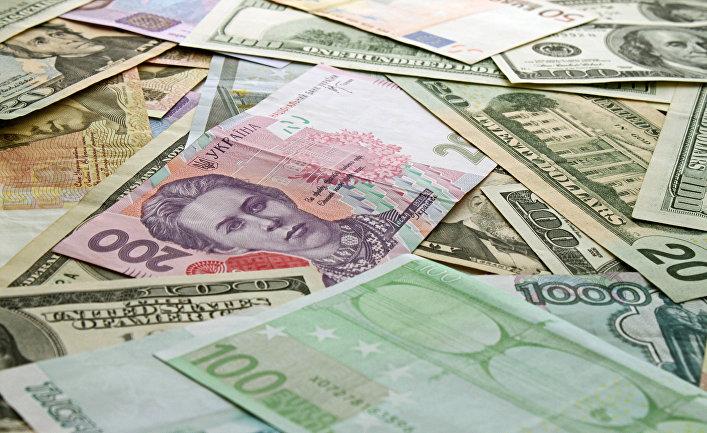 Рубли, доллары, евро, гривны