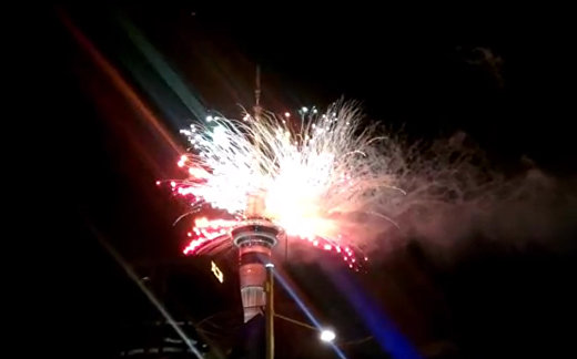 Мир встретил новый год грандиозными фейерверками