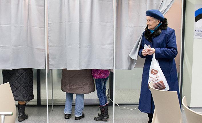 Жители Таллина голосуют на парламентских выборах