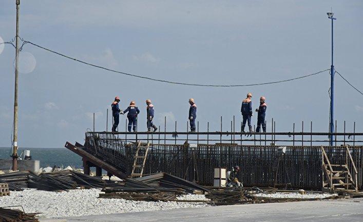 Российский мост в Крым рухнет