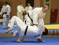 Президент России Владимир Путин на тренировке с членами сборной команды России по дзюдо