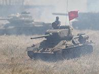 Имитация танкового боя времен ВОВ, продемонстрированная «Уралмаш»