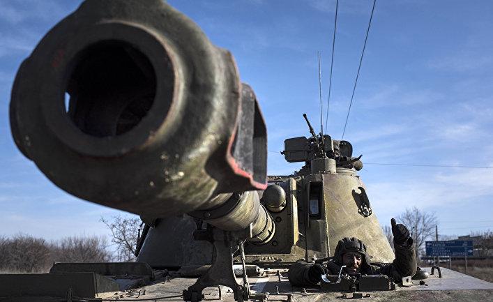 Танк украинской армии рядом с Артемовском