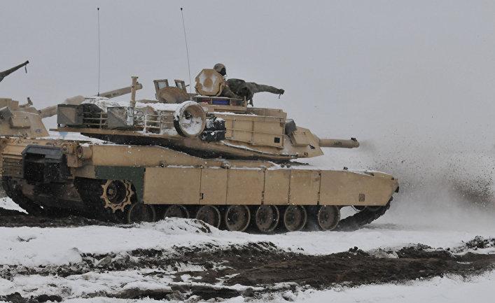 Американский танк на полигоне в Польше