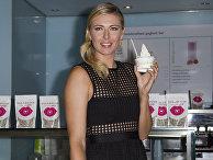 Мария Шарапова представляет конфеты собственного бренда Sugarpova