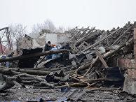 Последствия ночного обстрела в Калининском районе Донецка. 3 февраля 2017