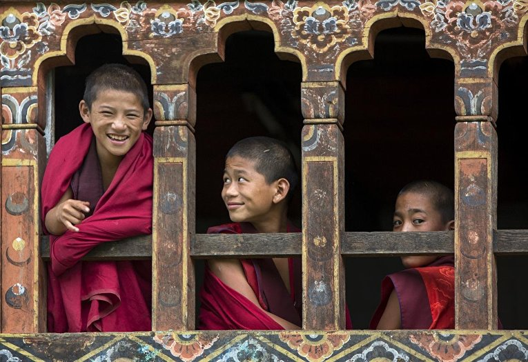 Дети-монахи в Бутане