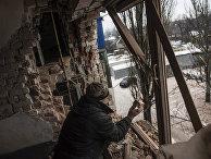 Квартира, поврежденная в результате обстрелов в Авдеевке