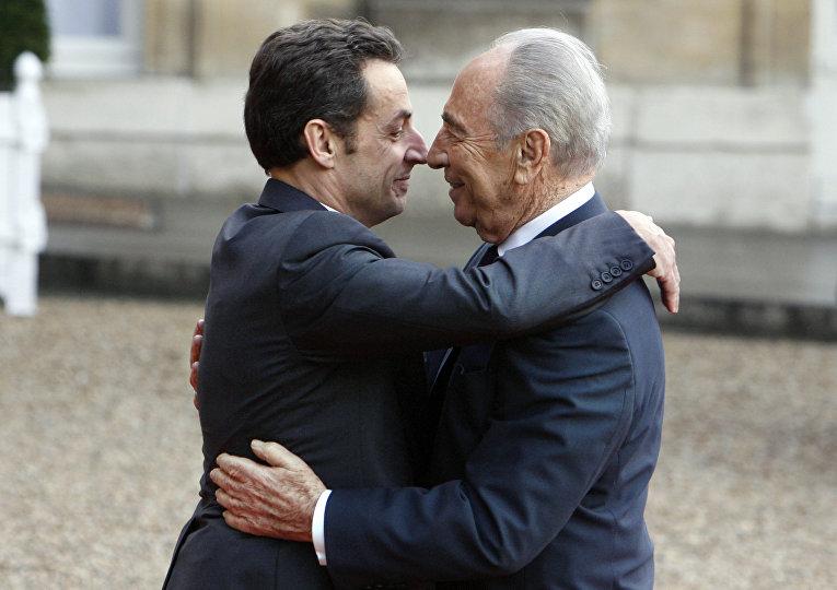 Президент Франции Николя Саркози и президент Израиля Шимон Перес, архивное фото