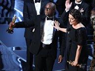 """Драма """"Лунный свет"""" завоевала награду """"Оскар"""" в категории """"Лучший фильм года"""""""