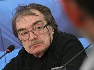 Сценарист, художник, актер Александр Адабашьян