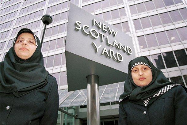 Сотрудницы британской полиции