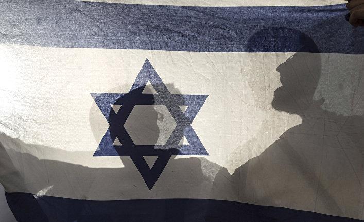 Флаг Израиля во время празднования Дня Иерусалима