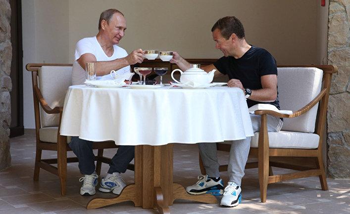 Медведев забанил Навального винстаграме