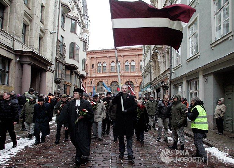 Шествие ветеранов латышского легиона Waffen-SS и их сторонников в Риге