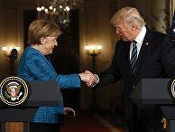 Президент США Дональд Трамп и канцлер Германии Ангела Меркель во время пресс-концеренции