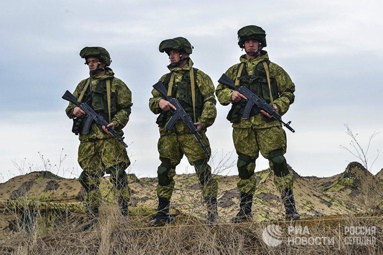 Учения ВДВ, ВКС и Черноморского флота начались в Крыму