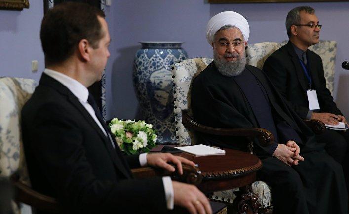 Медведев обсудит сРоухани торговый режим между ЕАЭС иИраном