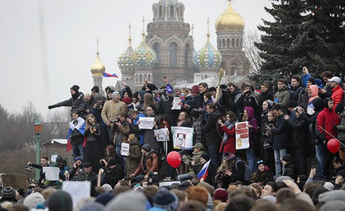 Новая акция Навального против коррупции пройдет вДень РФ