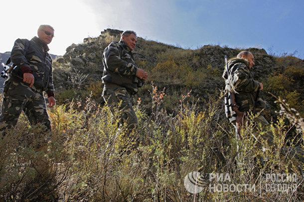 Премьер-министр РФ Владимир Путин во время экспедиции в «Убсунурскую котловину»