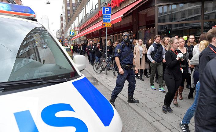 Милиция задержала подозреваемого внаезде натолпу вСтокгольме