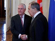 Министр иностранных дер РФ Сергей Лавров и Государственный секретарь США Рекс Тиллерсон во время переговоров в Москве