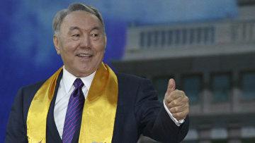 Президент Казахстана Нурсултан Назарбаев после переизбрания на выборах