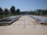 Проспект Рудаки в Душанбе (бывш Проспект Ленина), 2010 г.