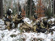 Американские десантники на тренировке