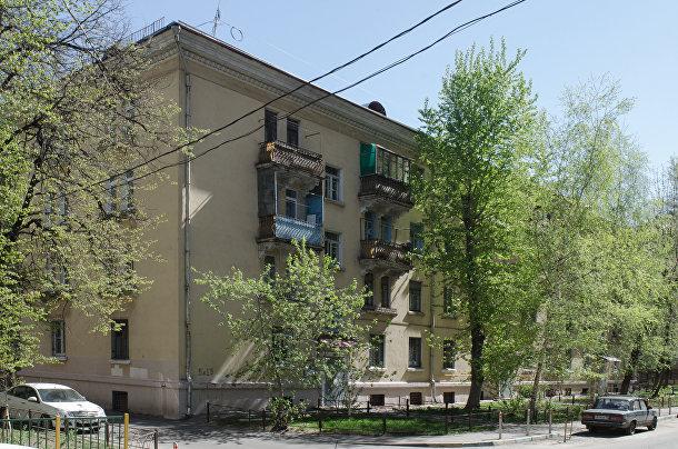 Четырехэтажное здание на улице Госпитальный вал, Москва