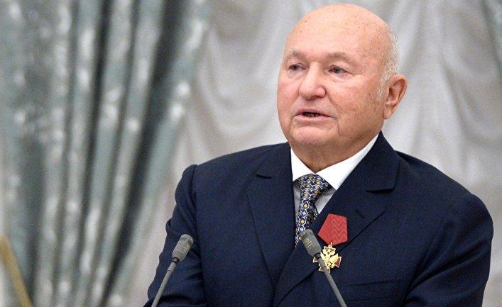 Лужков сравнил запрет на заезд вГрузию с«отрыжкой»