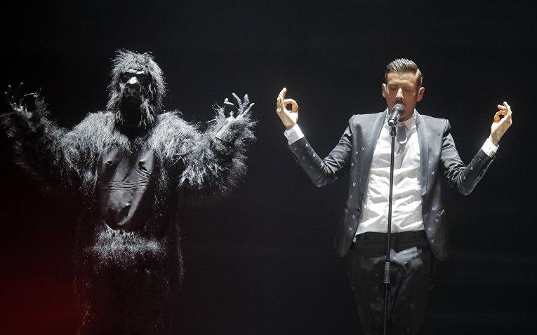 Итальянский певец Франческо Габбани во время репетиций к конкурсу «Евровидение»