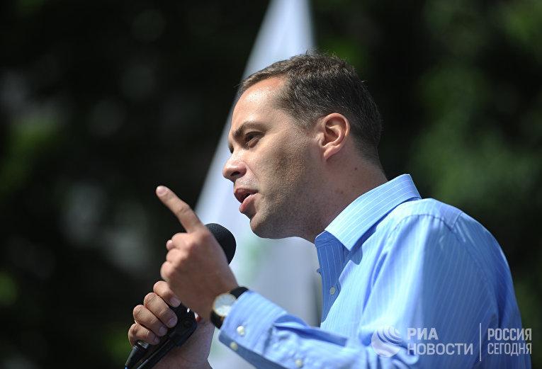 Лидер партии «Демократический выбор» Владимир Милов