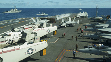 "Самолеты на палубе авианосца ""Джордж Вашингтон"""