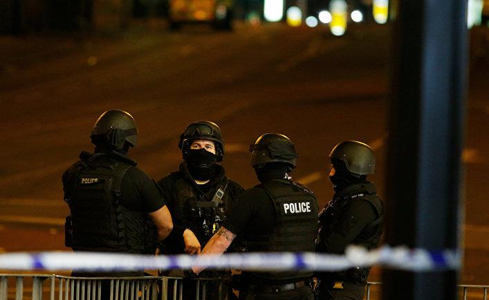 Тереза Мэй: милиция узнала имя исполнителя взрыва вМанчестере