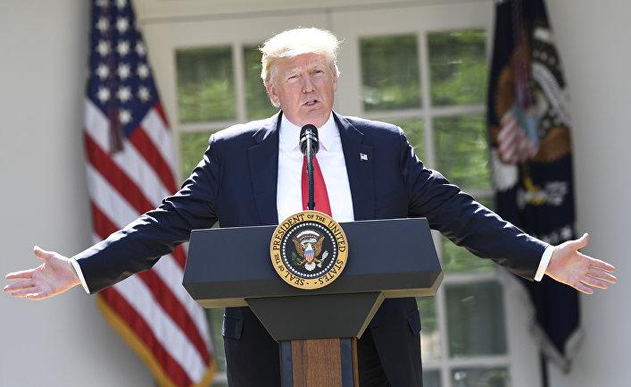 Президент США Дональд Трамп объявляет о решении выхода США из Парижского соглашения по климату