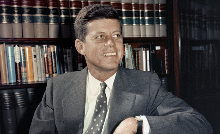 Сенатор Джон Кеннеди