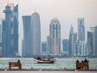 Вид с набережной на район Вест-Бэй города Доха, Катар