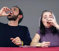 Итальянцы пробуют пить по-русски