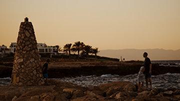 Берег Средиземного моря в городе Протарас на Кипре